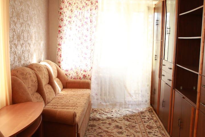 "Ретро квартира с ""бабушкиным"" ремонтом"