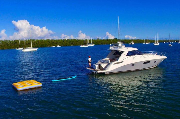 47' Sea Ray - Luxury Yacht Rental in Key Biscayne!