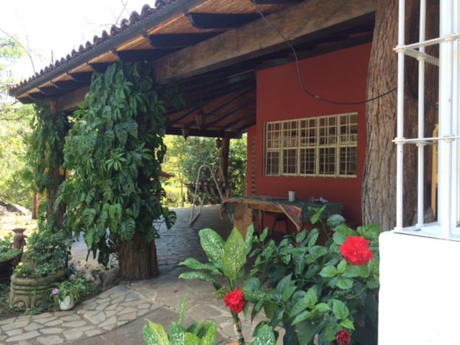 Galería de entrada a la casa