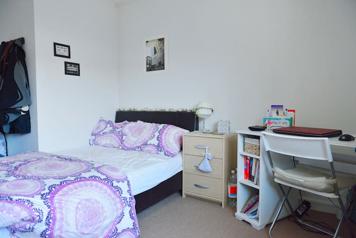 Double Bed - Zone 2 :  6th-7th May only
