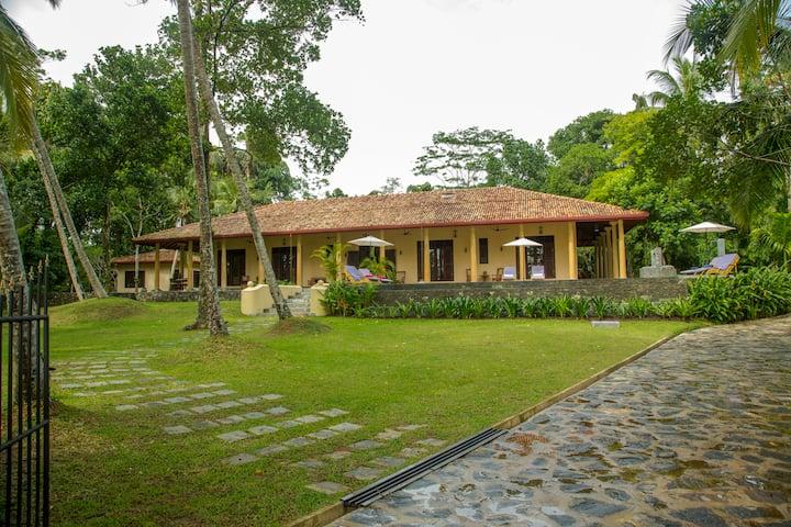 Kurundu Villa
