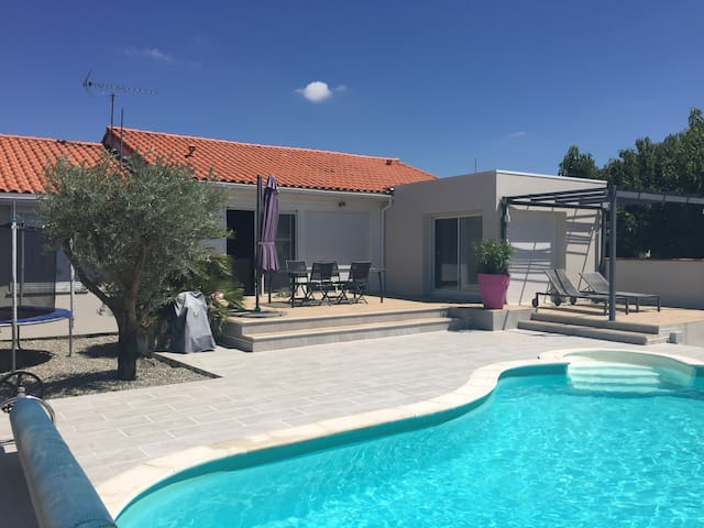Villa T5 grand confort +piscine. - Beauzelle - Hus
