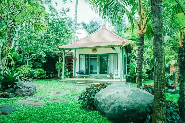 1 BR SUITE VILLA WITH KITCHEN#garden and pool view