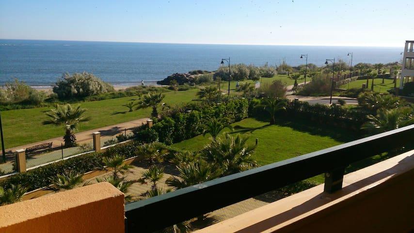 Apartamentos  1ª linea Playa Isla Canela(frontal) - Ayamonte - Apartemen
