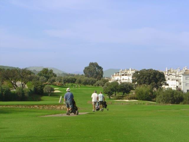 Apartamento de lujo + Golf ilimitado - Alhaurín de la Torre - Apartment