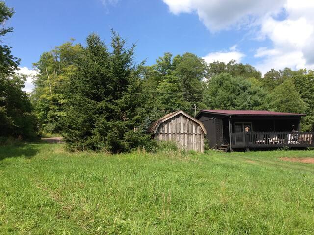 Cabin on Burnett Farms, Bovina, NY - Bovina Center