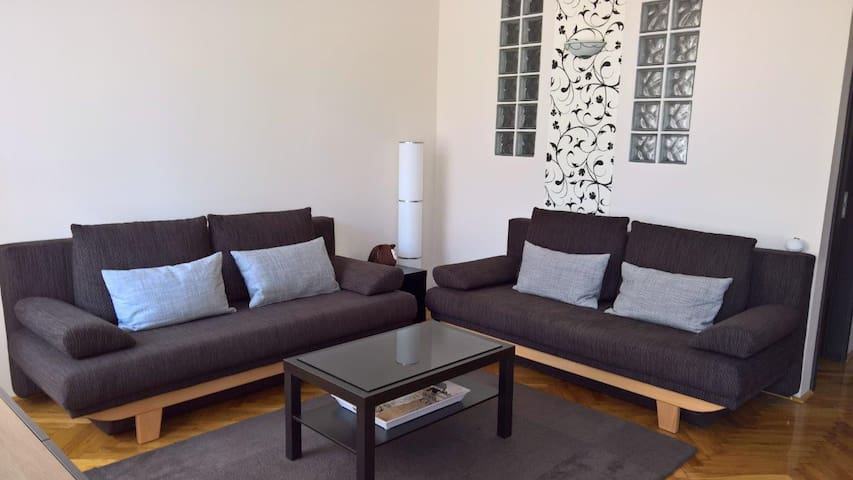 Duna river, quiet and sunny flat - Budapest - Apartment