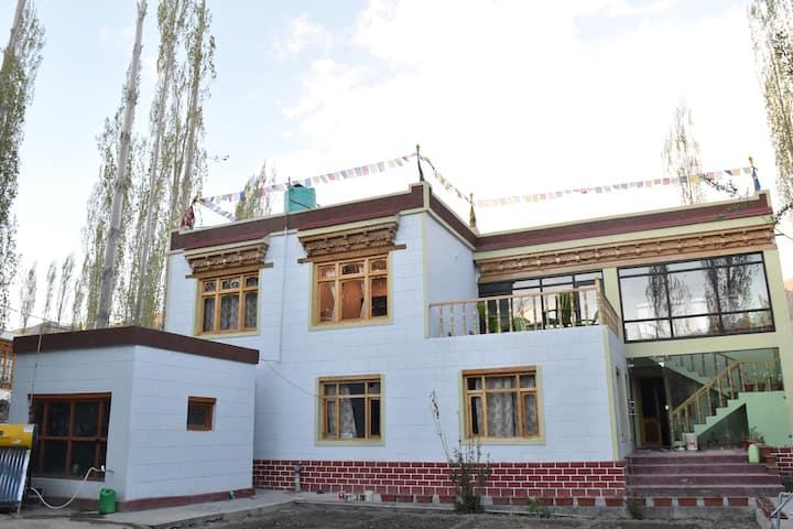manaypa house