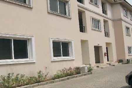Tritex Penthouse Apartment - Eti-Osa