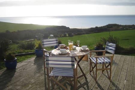 Beach House, Tinnabearna - Kilmuckridge