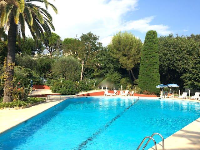 Appartement 2 pièces piscine tennis - Villeneuve-Loubet