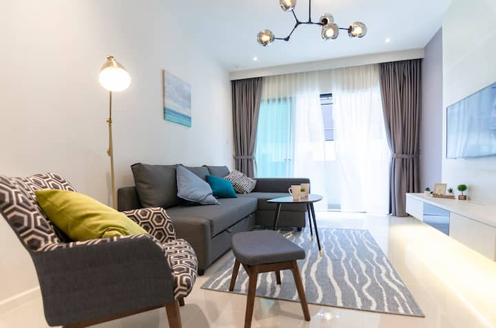 ✨ High-Floor, Homely & Lux Suasana Suites in JB ✨