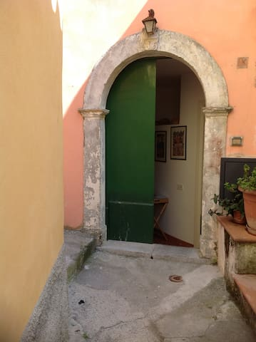 A charming house in Maratea's heart - Maratea - Casa