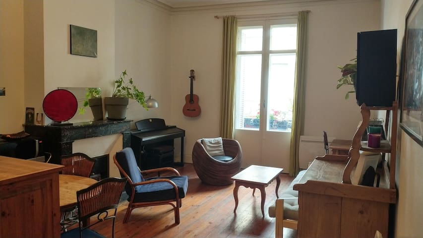 Lovely 72m2 flat in the city-center