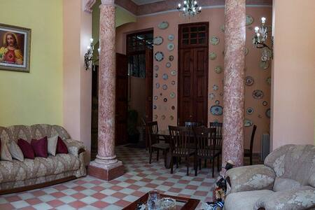 Hostal Corazon del Mundo - La Habana