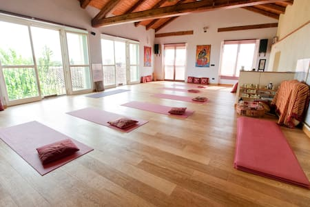 CASCINA ANANDA   - YOGA & RELAX - - Sant'Anna - Bed & Breakfast