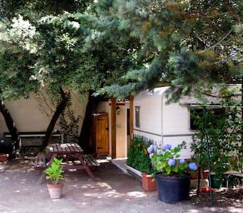 Gîte en caravane chez l'habitant - Restinclières - Other
