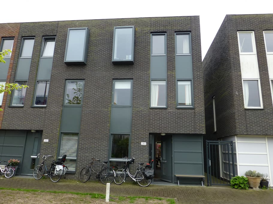 modern private family house huizen te huur in amsterdam