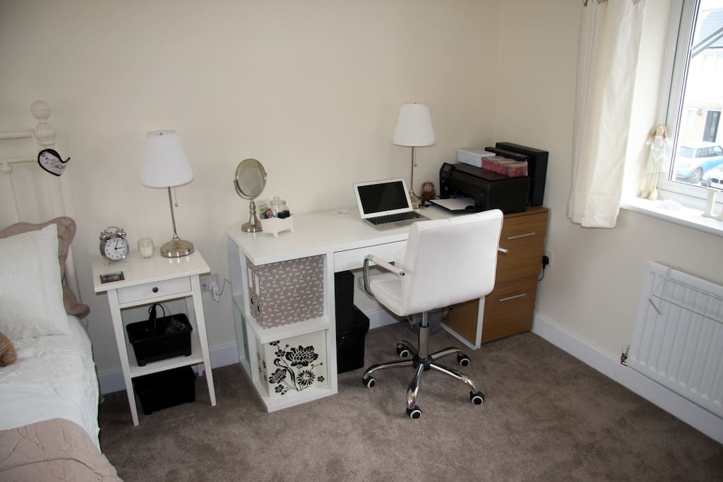 Desk / dressing table with printer and chair