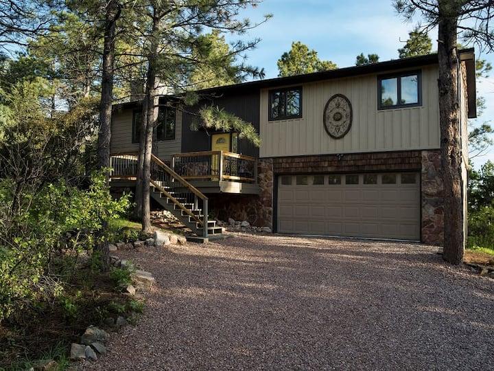 Black Hills Peaceful Pines Property