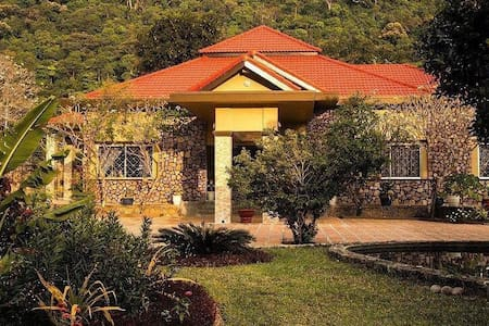 Champeysor guesthouse in Kep - Kep