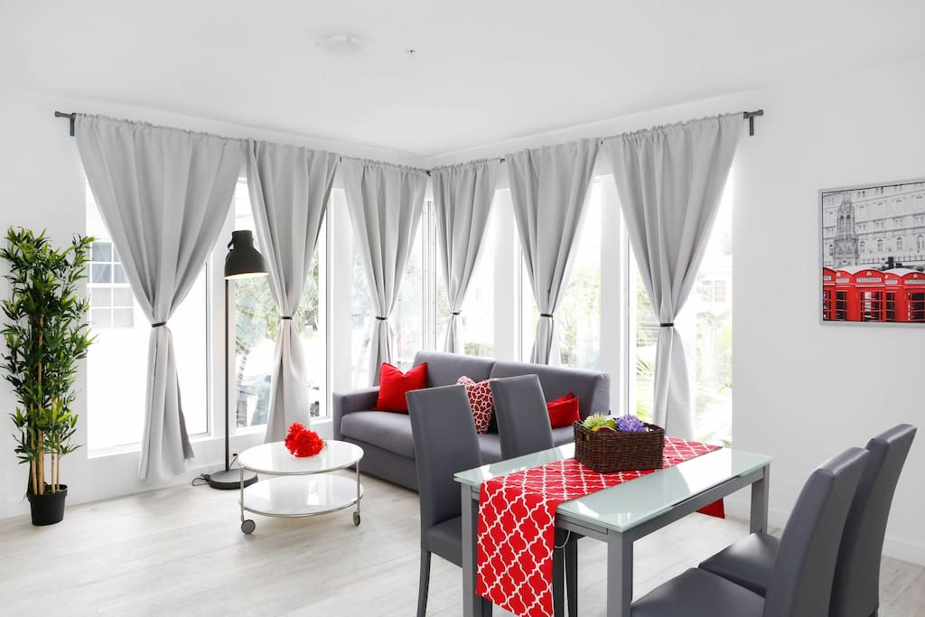 LIVING ROOM  WITH SOFA BED QUEEN SIZE