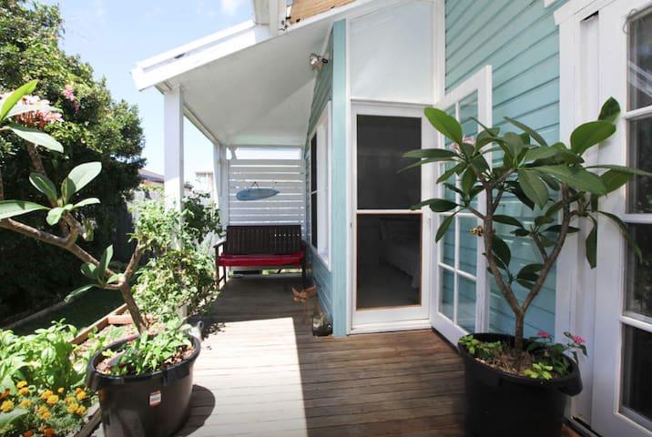 2 bdrm unit - Wifi, Bikes, surfboards, beach/shops - Ballina - Apartment