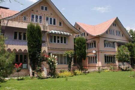 Rooms Near Dal Lake - Srinagar - 独立屋
