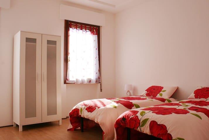 Vittorio Veneto Centro. Appartamento 4 letti. - Vittorio Veneto