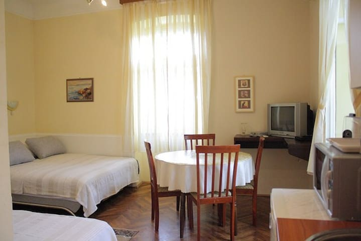 Cozy apartment 50 m from the sea - Lovran - Apartamento