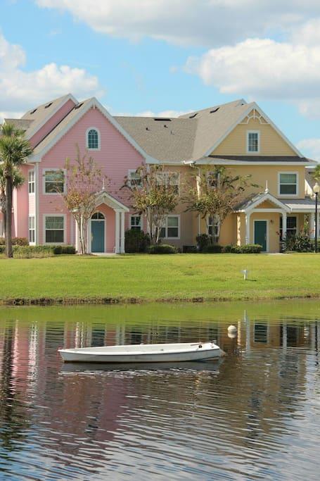 Runaway beach club orlando appartamenti in affitto a for Piani per la casa in stile key west