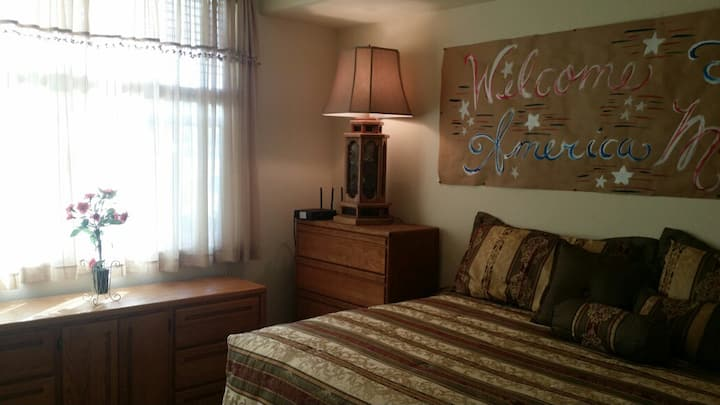 Wonderful Rocklin Room  w/ Private Bath & Pool!