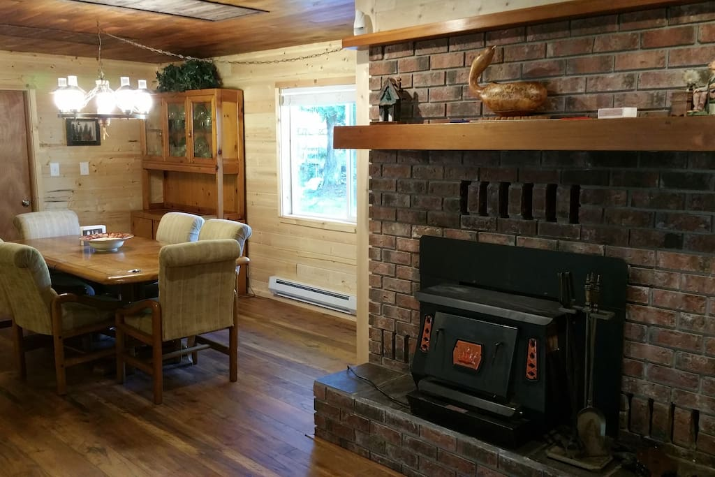 Dining room/wood stove.