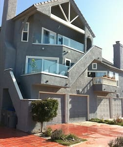 Ocean and Beach View Townhouse - Oxnard
