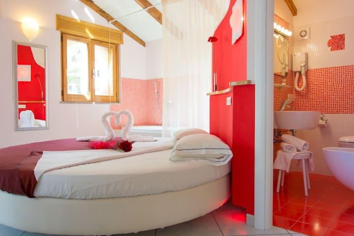 Minihotel IRIS - De Luxe Room - ไมโอริ - ที่พักพร้อมอาหารเช้า