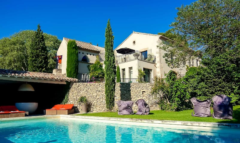 Amazing Villa Baba