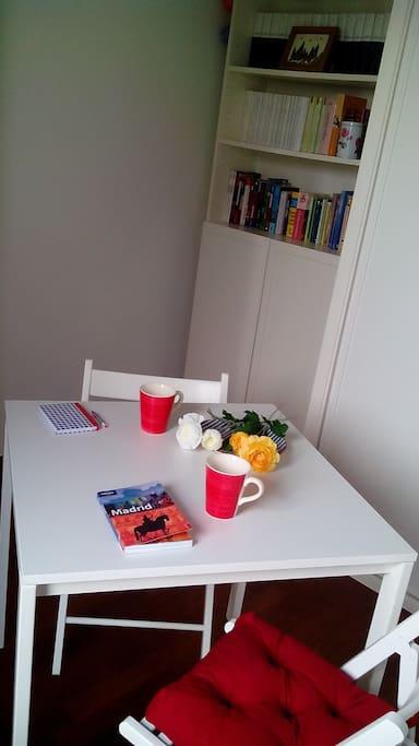 Your private living space / Zona de estar propia