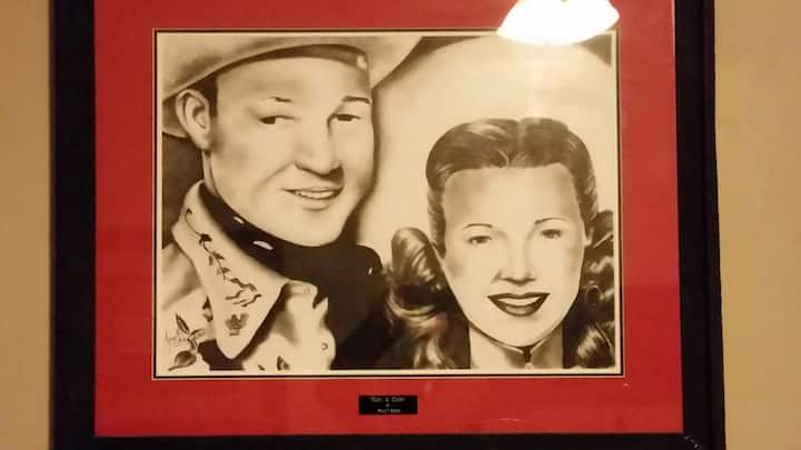 "Fossil Creek  (Opt 5) ""Roy Rogers & Dale Evans"""