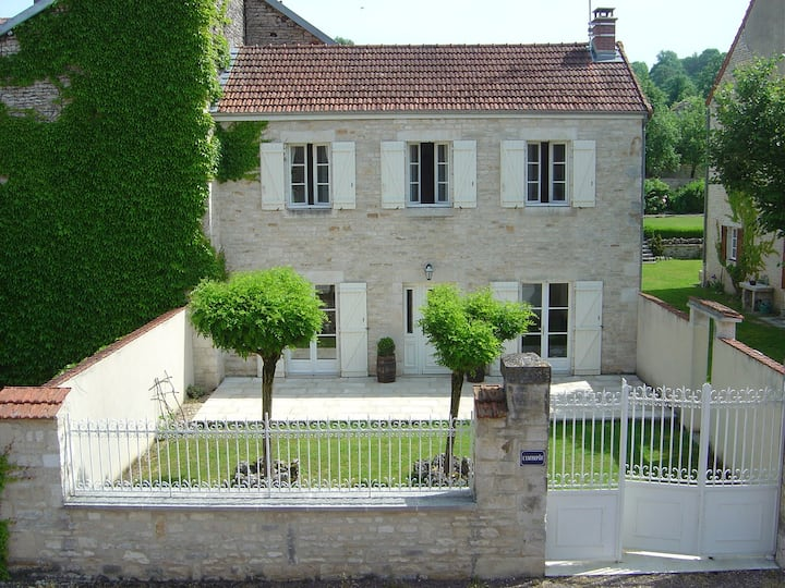 House for 5/6 in rural France-in new National Park