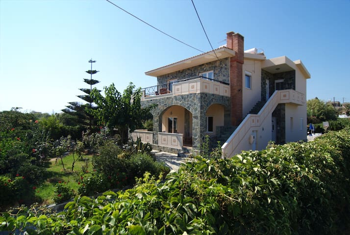 Skoutelonas Villa ground floor - Κολυμβάρι - Apartamento