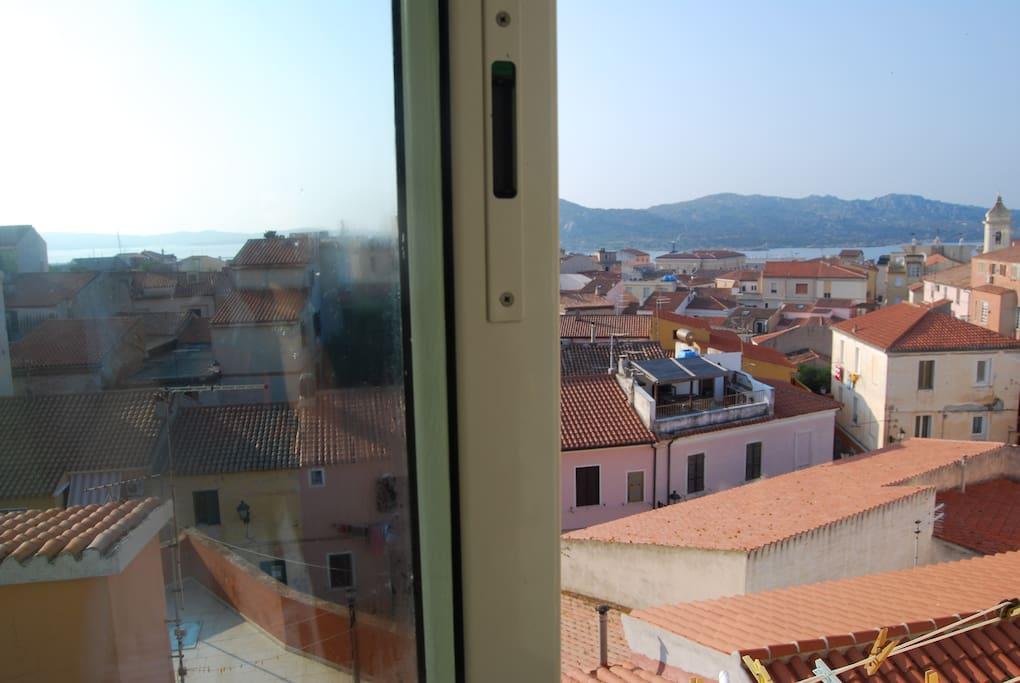 una delle quattro finestre!