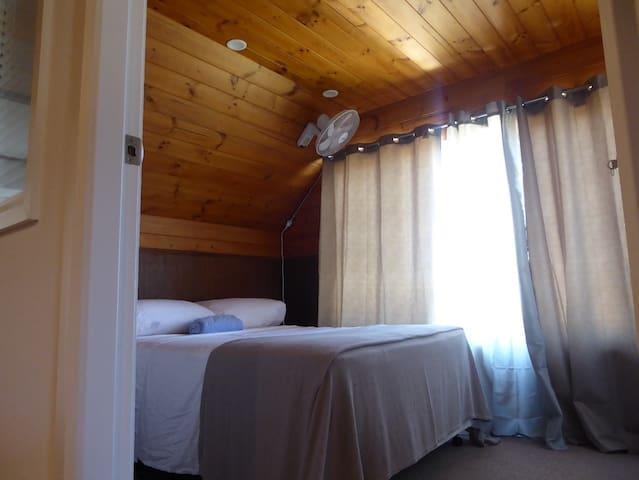 West Port Lodge - Bedroom 2 - Port Macquarie - Dům