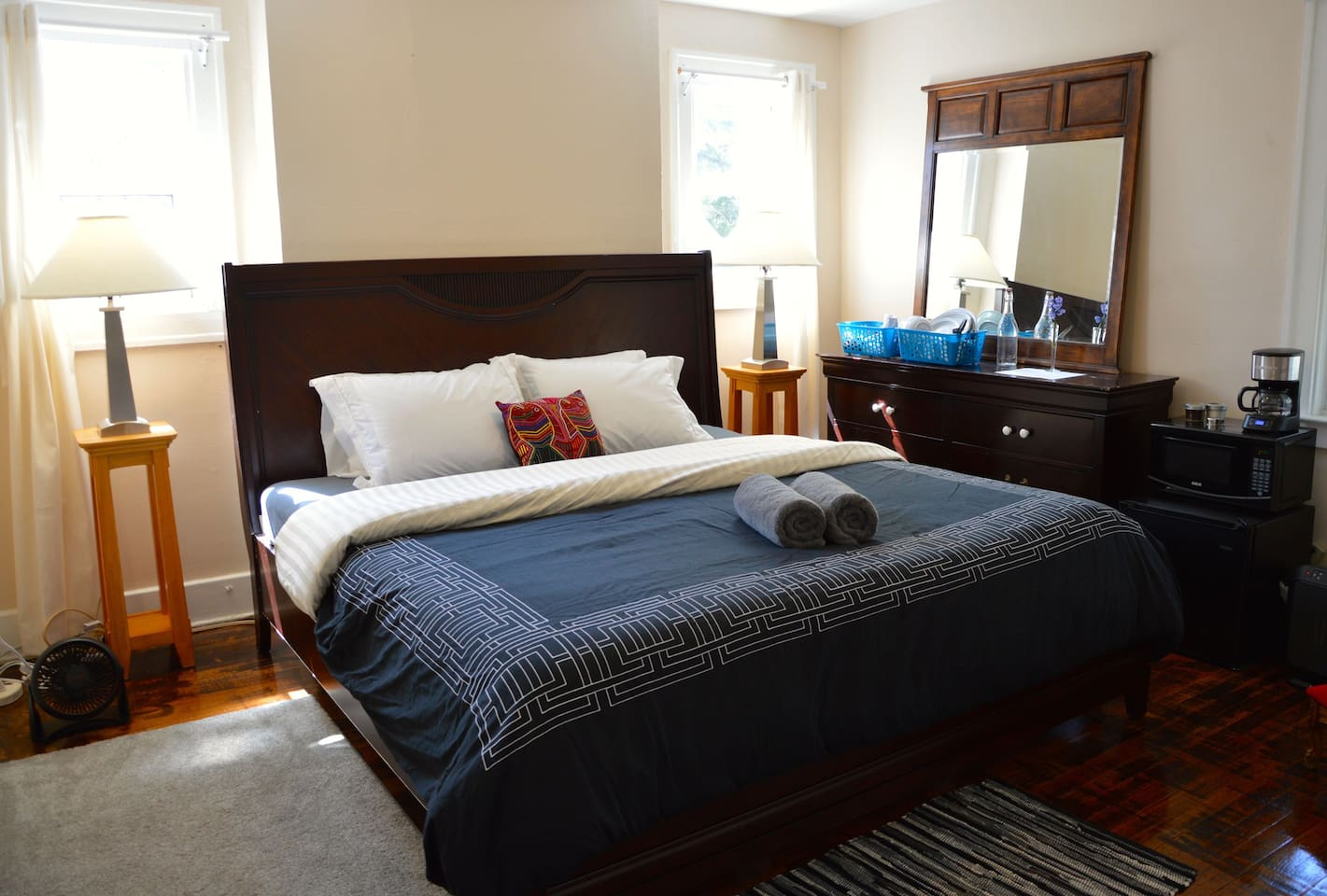 """Deluxe private room (shared bath) features a king-size memory foam mattress (76""""x80"""" or 193cmx203cm) with fresh linens & towels, digital-door-lock, heater & a/c, mini-fridge, microwave, coffee maker + freshly ground coffee, plates, cups, utensils, etc."""