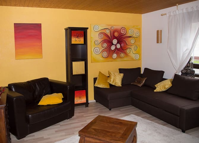 HometelOne (yellow) - Renningen - Apartment