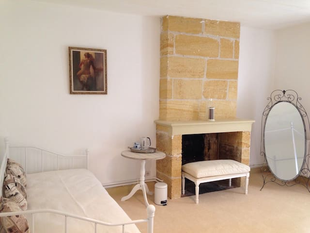 Family room near Saint Emilion - Saint-Magne-de-Castillon - Bed & Breakfast