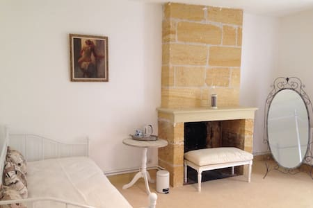 Family room near Saint Emilion - Saint-Magne-de-Castillon