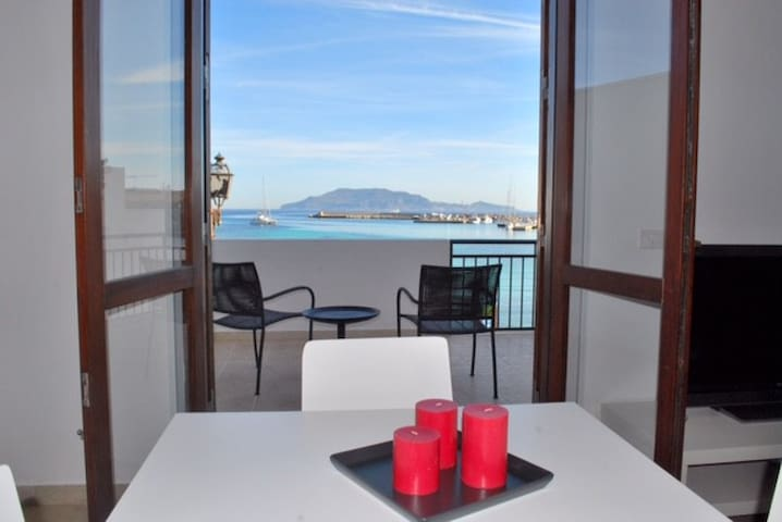 Casa La Praia, great sea view - Favignana - Departamento