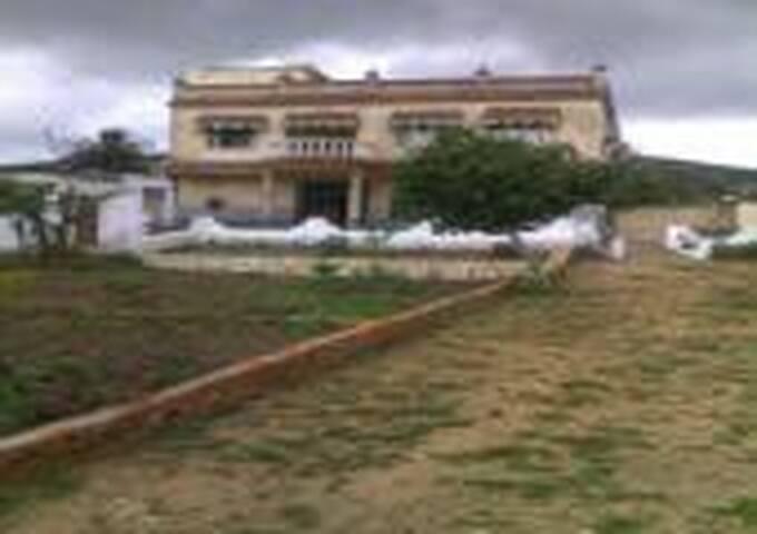 TRES BELLE MAISON DE COMPAGNE  - Dar Chaoui - Casa