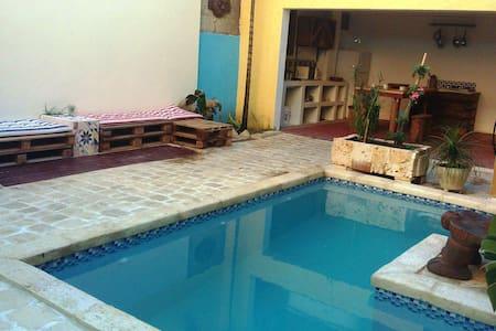 Platform bed#TV#Pool #WiFi#Colzone - Sant Domènec - Casa