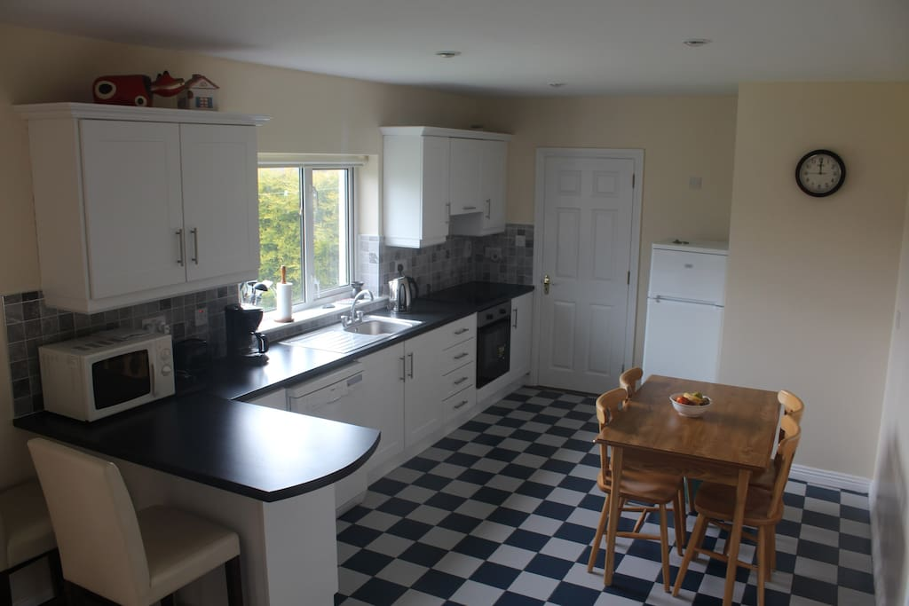 New Kitchen fitted in 2015. Dishwasher, oven, fridge freezer, coffee machine